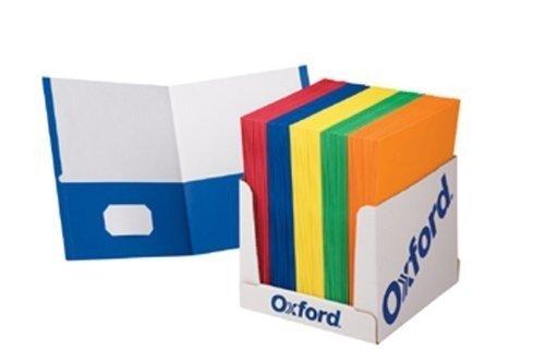 School Grade Twin Pocket Folders; 100 per Box; no. ESS50763 by Esselte Corporation