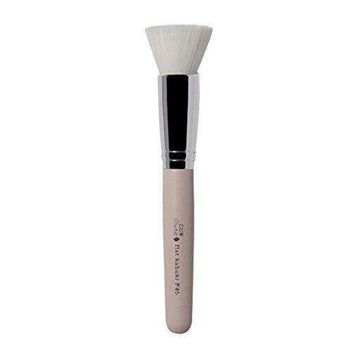 - 100% Pure Cruelty Free Flat Kabuki Brush, F40