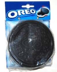 Amazon Com Oreo Cookie Shaped Plastic Container
