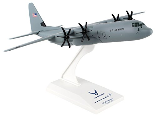Daron Worldwide Trading Skymarks USAF C-130 1/150 Plane ()