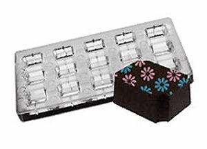 UPC 811657047900, Fat Daddio's Magnetic Chocolate and Candy Mold Indented Corner, 15 Pieces