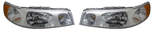 1998-2002 Lincoln Town Car Headlights Headlamps Head Lights Lamps Pair Set: Right Passenger AND Left Driver Side (1998 98 1999 99 2000 00 2001 01 2002 02)