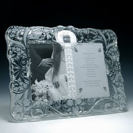 mikasa sa014 876 5 in x 7 in cherished moment frame - Mikasa Picture Frames