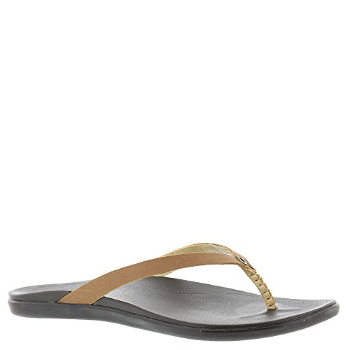 (OLUKAI Women's Ho'Opio Sandal, Sahara/Dark Java, 8 M)