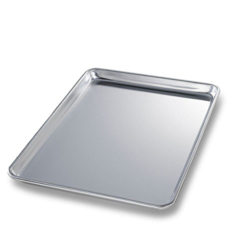 Chicago Metallic Bakeware Half-Size 18 Gauge Aluminum Sheet Pan