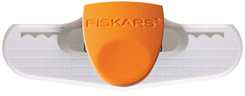 Fiskars Border Punch, Scallop Sentiment