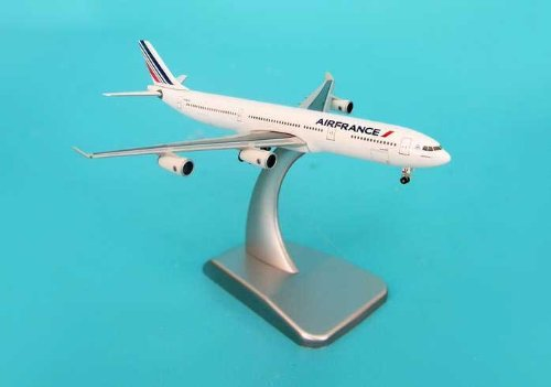 hogan-500-scale-die-cast-hg9291-air-france-a340-300-1-500-with-stand-and-gear