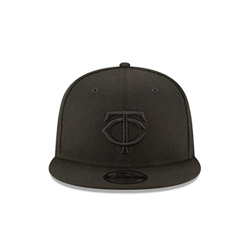 New Era Minnesota Twins Black Out 9Fifty Adjustable Snapback Cap