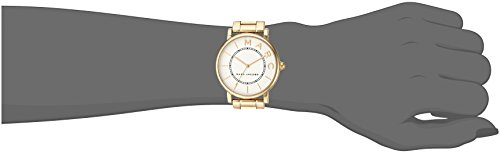 Marc Jacobs Women's 'Roxy' Quartz Stainless Steel Casual Watch, Color Gold-Toned (Model: MJ3522)