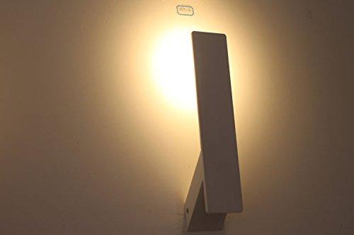 Stile retrò biancheria da letto con lampada da lettura e applique