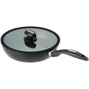 Amazon Com Scanpan Iq 11 Inch Covered Saute Pan Kitchen
