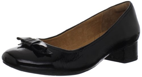 - Clarks Women's Charmed Bow Pump,Black Patent,9.5 M US