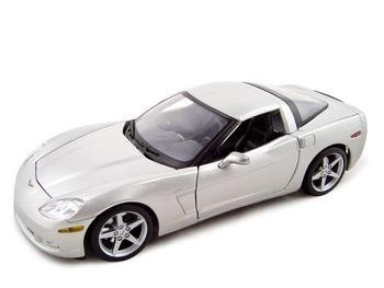 2005 Chevrolet Corvette C6 1:18 Diecast Coupe Silver (C6 Corvette Toy)