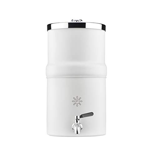 The PURE Company Carbon Water Filter Decanter requires no electricity, stores easily in your fridge and looks lovely on your kitchen countertop. Our Carbon Block Filter improves odor and clarity.