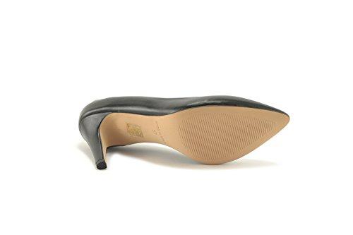ConBuenPie by ENYA - New Collection - Salon de Piel Stiletto de Mujer Color Negro Negro