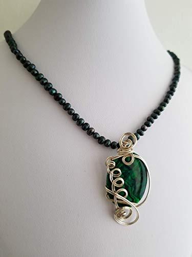 n Abalone Paua Shell Pendant ()