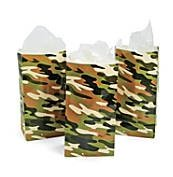 FAKKOS Design Military Army Party Favors Boys Camouflage Dog Tags Favor Bags Gliders Toy Plastic Soldiers 192 Piece Bundle for 12 Guests
