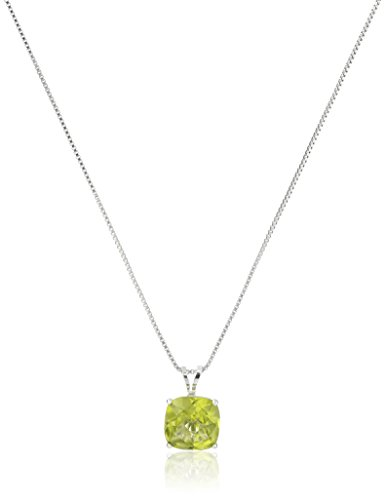 Sterling Silver Cushion-Cut Checkerboard Peridot Pendant Necklace (8mm) ()