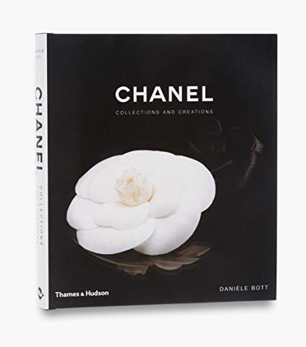Chanel: Collections and Creations]()