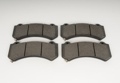 ACDelco 171-1040 GM Original Equipment Front Disc Brake Pad Set by ACDelco