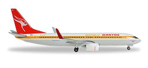 HE527637 Herpa Wings Qantas 737-800 1:500 Retrojet Model - Qantas Stores