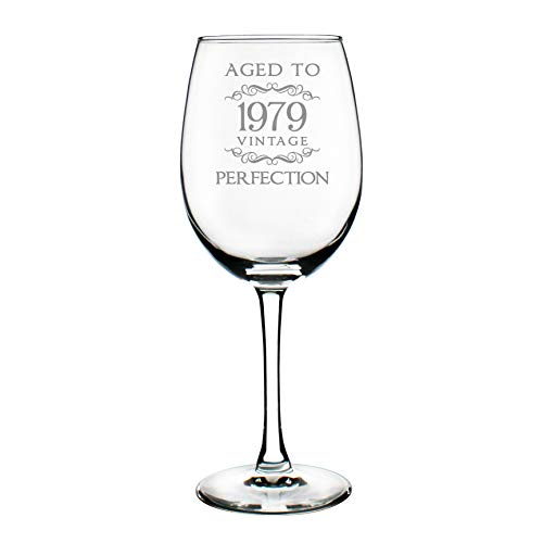 (1979 40th Birthday Gifts Wine Glass for Women & Men   Cute Funny Wine Gift Idea   Unique Personalized Anniversary or Bday Glasses for Best Friend Turning 40   Drinking Party Decoration)