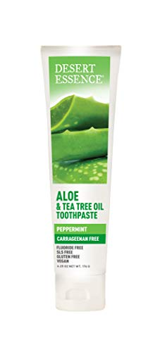 Desert Essence Tea Tree Oil & Aloe Toothpaste - 6.25 Ounce - Peppermint Flavor - Carrageenan Free - Helps Fight Plaque - Refreshing - Deep Cleans Teeth and Gums - ()