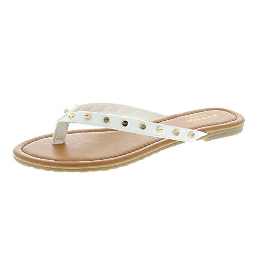 20bf897b5c320 We Analyzed 22,741 Reviews To Find THE BEST Flip Flops With White Strap