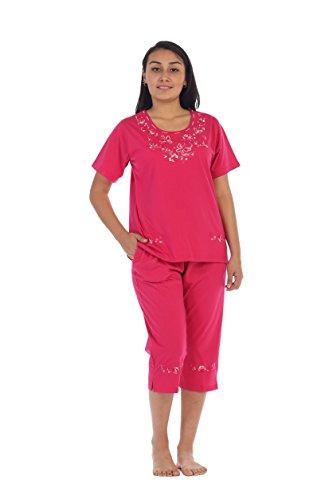 unik Women's Short Sleeve Embroidered Butterflies Blouse and Matching Capri Set, Fuchsia Size X-Large