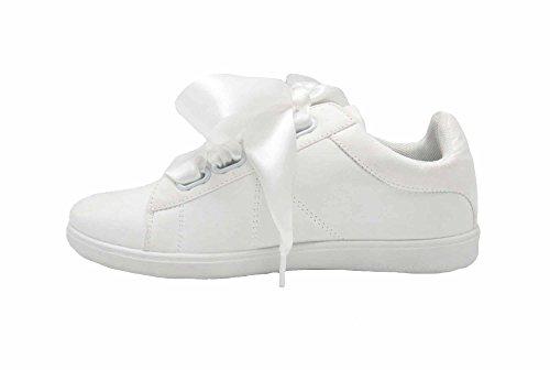 Oh My Shop SHY55 * Baskets Tennis Sneakers Effet Daim Blanc avec Surpiqûres, Ruban Satin et Semelle Unie