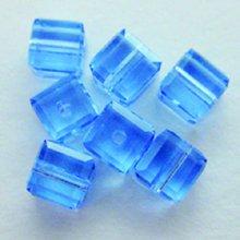 Jolees Jewels Swarovski Elements - EK Success - Jolee's Jewels - Crystallized Swarovski Elements Collection - Jewelry Beads - Cube - 4 mm - Light Sapphire