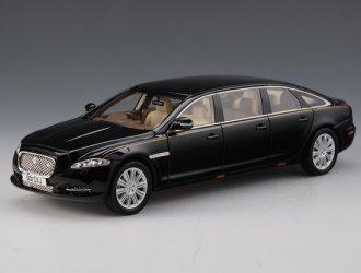 Jaguar Xj X135 Wilcox 6 Door Limousine Resin Model Car Amazon Co Uk