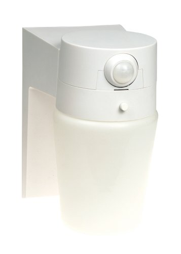 Heath Zenith SL-5610-WH-B 110 Degree Motion Sensing Security Light, White