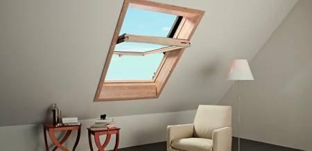 Roto Dachfenster aus Holz mit Eindeckrahmen und Wärmedämmung (54x74)