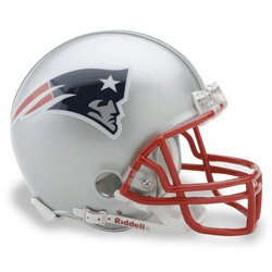 ball Helmet: New England Patriots ()