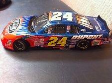 Jeff Gordon #24 Car Dupont Monte Carlo 2002 Die Cast Metal 1:24 Scale Model