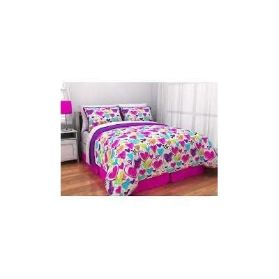 Latitude Bright Hearts Bed in A Bag, Full, Multi: Home & Kitchen