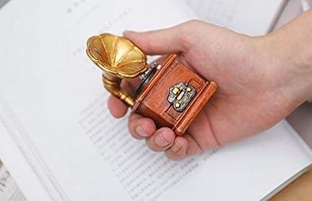 HoneyCare Retro Mini Handmade Classic Handicrafts Gramophone/Typewriter,Retro Vintage Ornaments, Old Phonograph Craft Record Player Prop Antique Model Dollhouse Garden Ornament Decoration (Phonograph)
