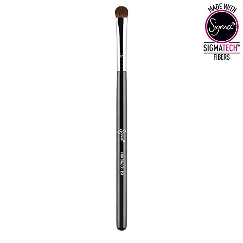 Sigma Beauty E57 Firm Shader Brush -