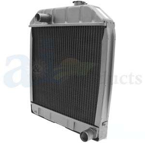 Ford New Holland Tractor Radiator Part No: C7NN8005H, VPE3019, 219561, 219784, 87687383, AMC7NN8005H, AR2149, HFC7NN8005H, SW01412, SW01413, SW01414, SW01415, SW01416, E0NN8005MD15M