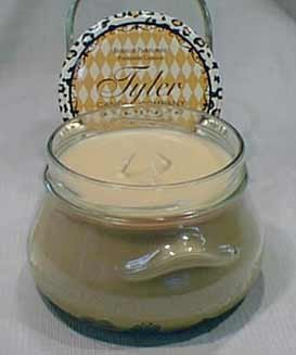 Tyler Candles - Mulled Cider Scented Candle - 22 Ounce Candle Tan