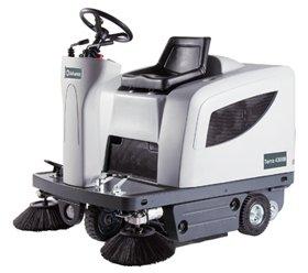 Advance Terra 4300B Ride-on Sweeper