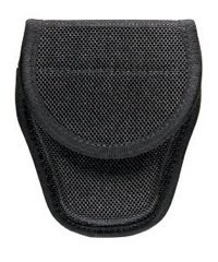 BIANCHI POLICE ACCUMOLD 7300 COVERED HANDCUFF CASE SIZE 1 FOR STANDARD CHAIN HANDCUFFS (NOT ASP OR HINGED) FITS DUTY BELTS UP TO (7300 Covered Handcuff Case)