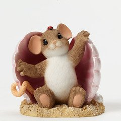Charming Tails You've Brought Me Out of My Shell Mouse in Clam Figurine