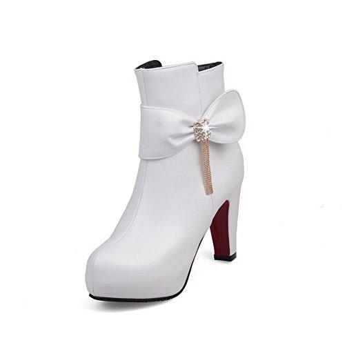 AllhqFashion Damen Niedrig-Spitze Hoher Absatz Rein Stiefel mit Beschlagene Strass Weiß