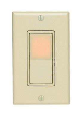 Leviton Illuminated Decorator Switch 3 Way 15 Amp 120 V Ivory Carded -