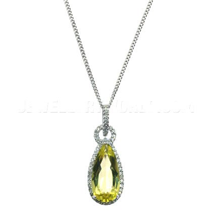 Quartz blanc Or jaune 9 carats avec pendentif en forme de poire