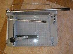 (TRADEMARKED) PERFECT G17PRO Industrial Guillotine Stack Paper Cutter Trimmer 17'' CUT WIDTH