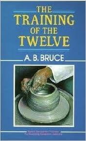 Download free epub book The Training of the Twelve PDF