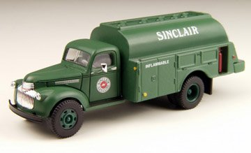 (1941/46 Chevrolet Delivery Truck Sinclair Oil 1/87 Classic Metal Works)